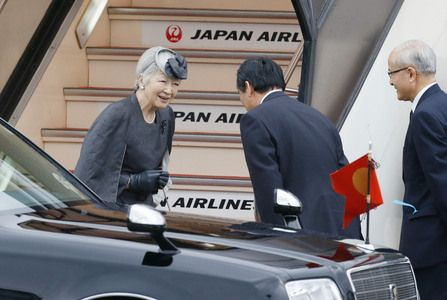 Empress Michiko leaves for Belgium to attend Queen Fabiola's funeral. This is only the second time that Empress Michiko will be traveling without her husband, Emperor Akihito.