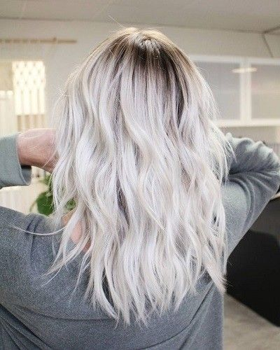 Intro - Platinum Blonde Inspiration: Easy Styling Ideas To Try This Summer - Photos