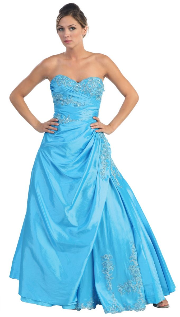 87 best 2013 Quinceanera Dresses images on Pinterest | Ballroom ...