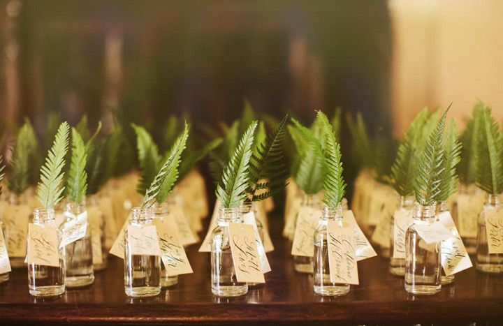 What's Old is New Again ~ 30 Ways to use Ferns on your Wedding Day ~  we ❤ this! moncheribridals.com #escortcards