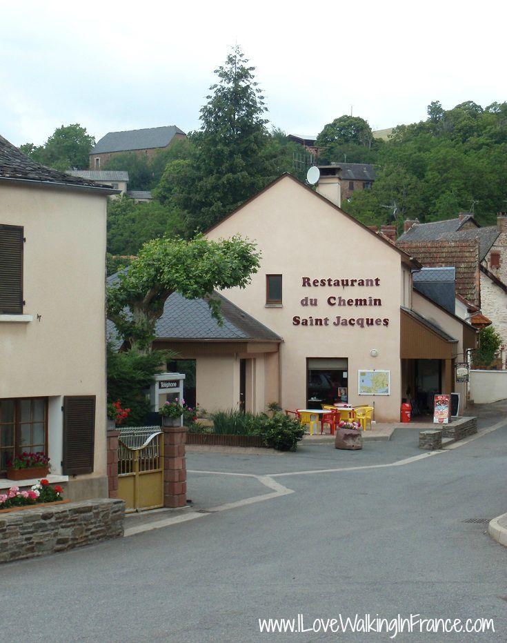 Entering the village of Noailhac on the GR 65 variante of the Chemin de Saint-Jacques, France