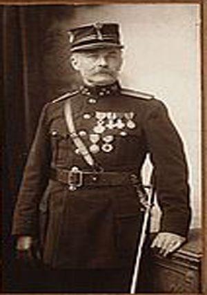 Alfons Hertsens bevelhebber bij de brandweer van Mechelen