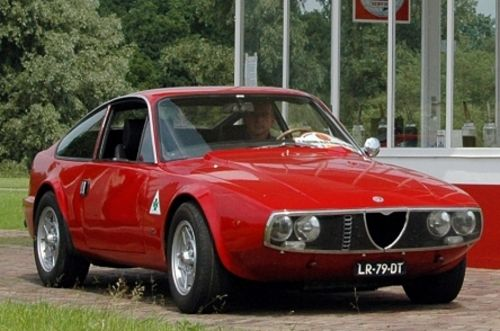 The beautiful Alfa Romeo Junior Zagato 1600