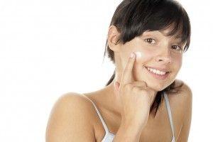 Ini kandungan kosmetik aman untuk ibu hamil - Tabloid Nakita