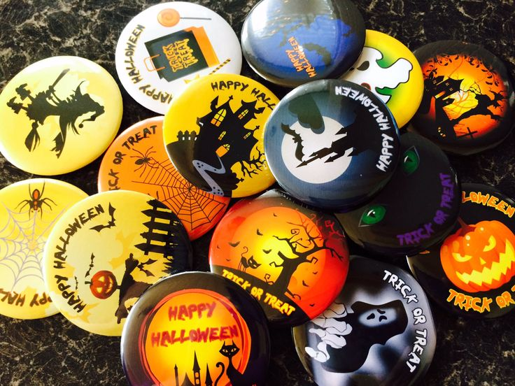 """Quickbadge on Twitter: """"#HalloweenTime #halloween #badges for a #spooky #party #TrickorTreat will be on the website soon or ask us about them admin@quickbadge.co.uk https://t.co/sxFBI9MOoM"""""""