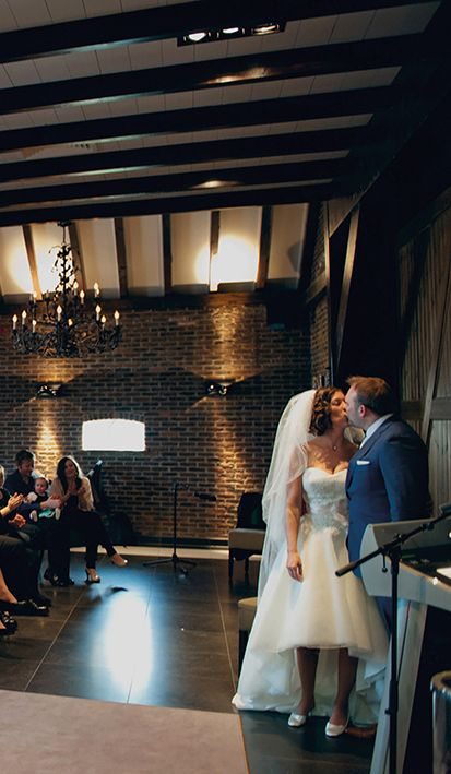 Officieel man en vrouw: er mag gekust worden! Wist je dat Mereveld in Utrecht een officiële trouwlocatie is? #Mereveld Utrecht in TOP 5 populairste trouwlocaties van Nederland!