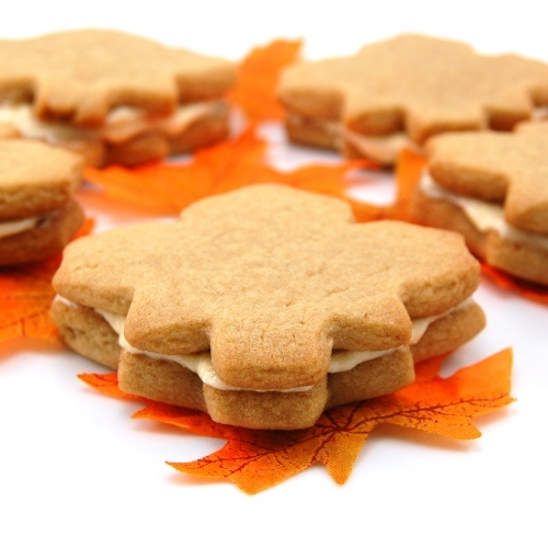Yummy! Need to buy maple leaf cookie cutter...then totally making ...