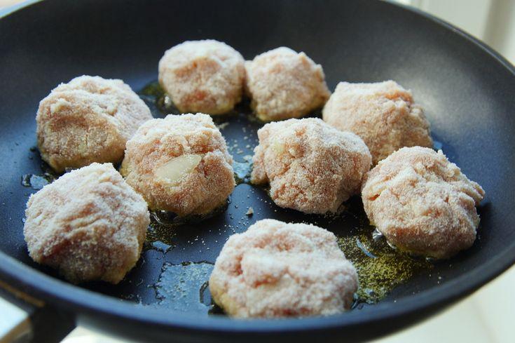 фрикадельки из свинины http://www.tumpum.com/miasnaye-shariki