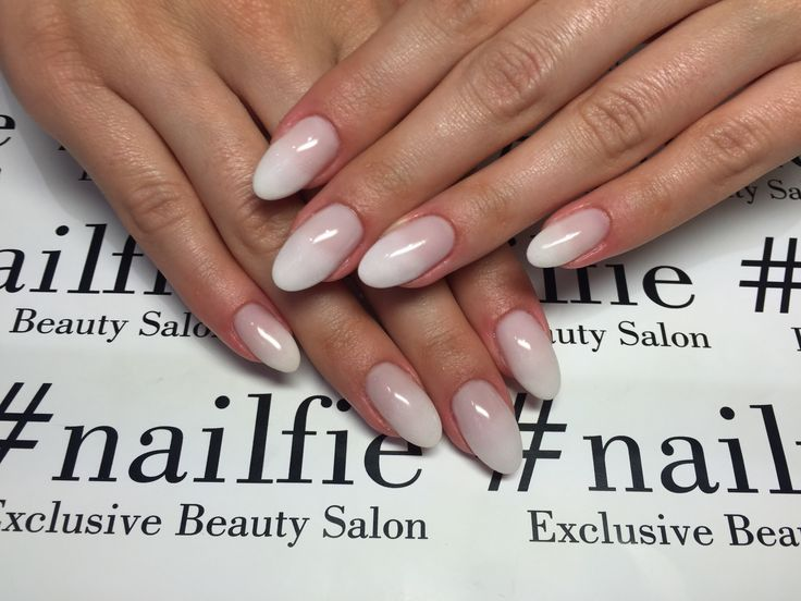 Beautiful ombré nails!