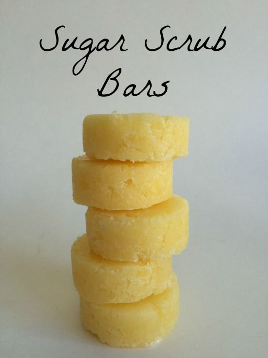 Man oh man is it hot here in Bellingham! Even though it is so warm in our store that our coconut oil is liquefied, we are embracing and loving this beautiful weather! Our newest tutorial on lemon sugar scrub bars is a sure-fire way to keep your skin feeling silky smooth during this dry heat streak!