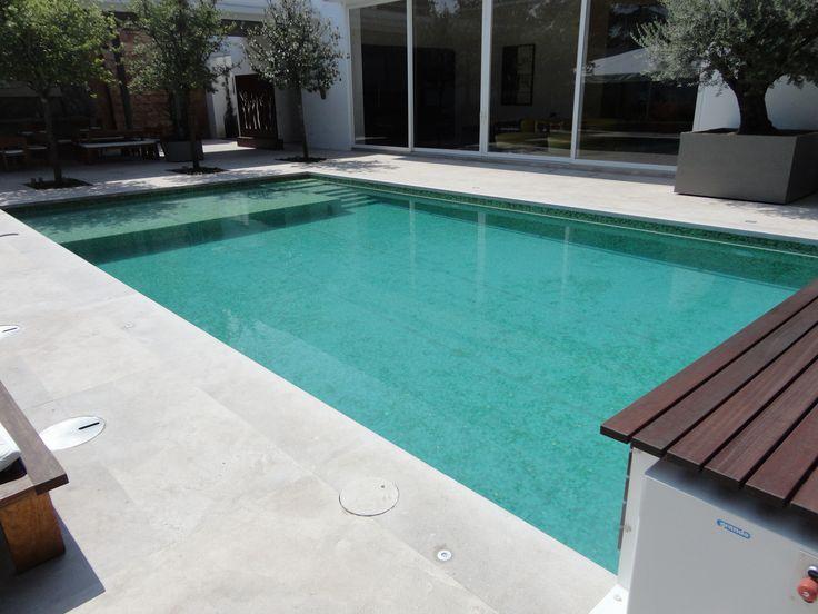 Recreational pool piscina residencial de 10 x 5 con for Piscina residencial