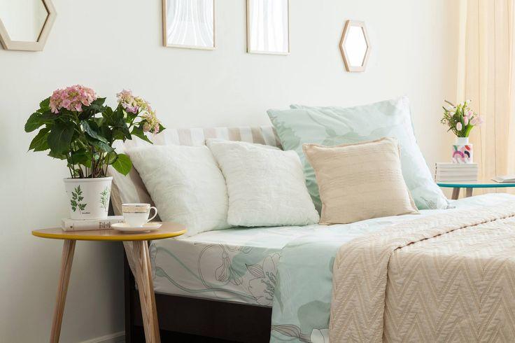 Приставной столик Капля #приставнойстолик #спальня #прикроватныйстолик