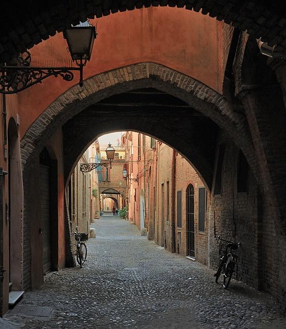 Ferrara - Via Volte