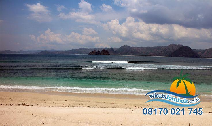 Yuk Lihat Indahnya Pantai Semeti Lombok Yang Pastinya Buat Anda Ngiler  Dan untuk melihat keindahan destinasi wisata Lombok, kunjungi aja  www.wisatalombok.co.id