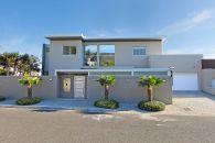 Camps-Bay-Five-Bedroom-Holiday-Villa_Cape-Concierge_Cape-Town - Anella