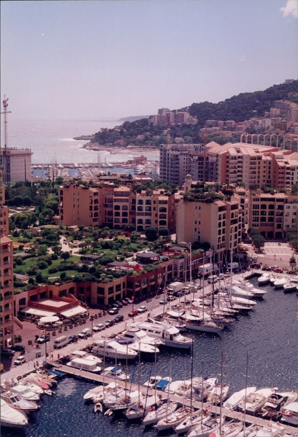 Harbour in Monaco. Worth taking a short excursion there to gamble? http://bit.ly/240gjet