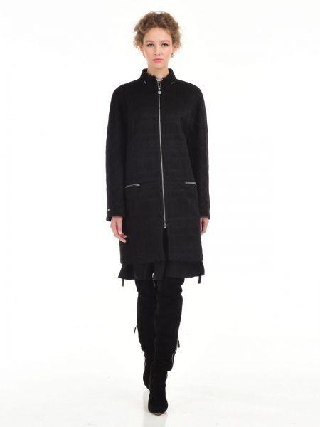 Прямое пальто в спортивном стилеСостав83%шерсть14%мохер3%полиамид.Особенности моделиворотникстойкарукавкимонокарманы застёгиваются на молниидлина изделия 90смцвет: черный