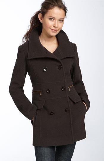 Магазины женского осеннего пальто