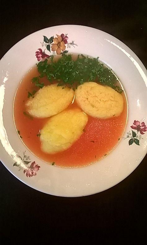 12 ciorbe si supe pentru copii. Retete culinare simple si sanatoase