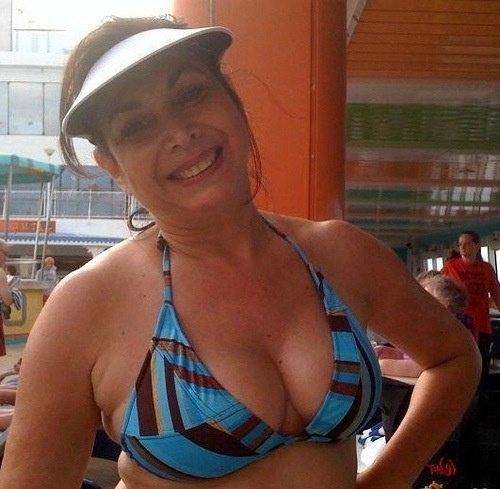 diquini milf personals Free classified ads for women seeking men and everything else find what you  are looking for or create your own ad for free.