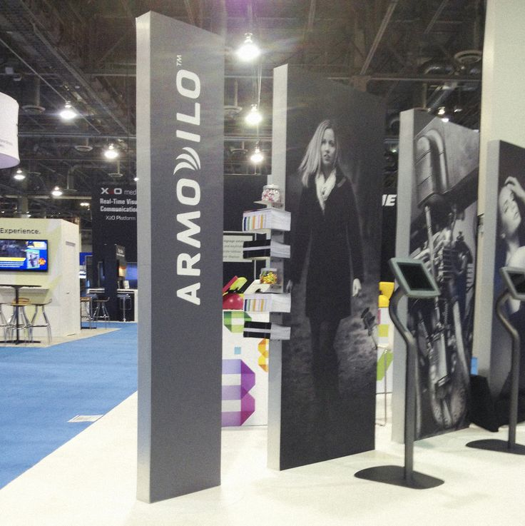 4 Tips to Implementing a Tablet Stand in your Trade Show Booth