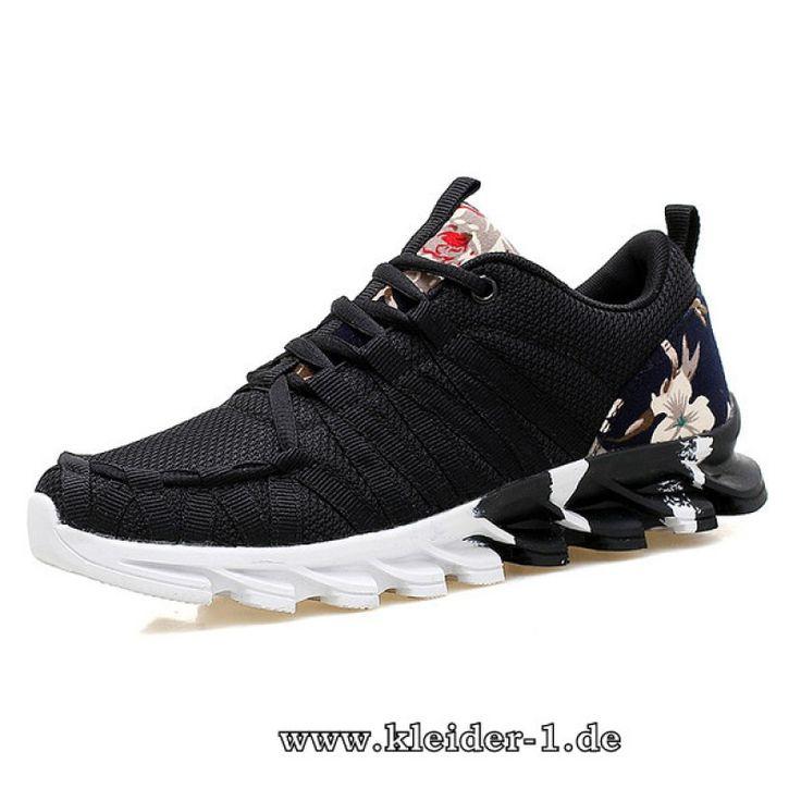 Coole Damen Sneakers in Schwarz mit Blumen