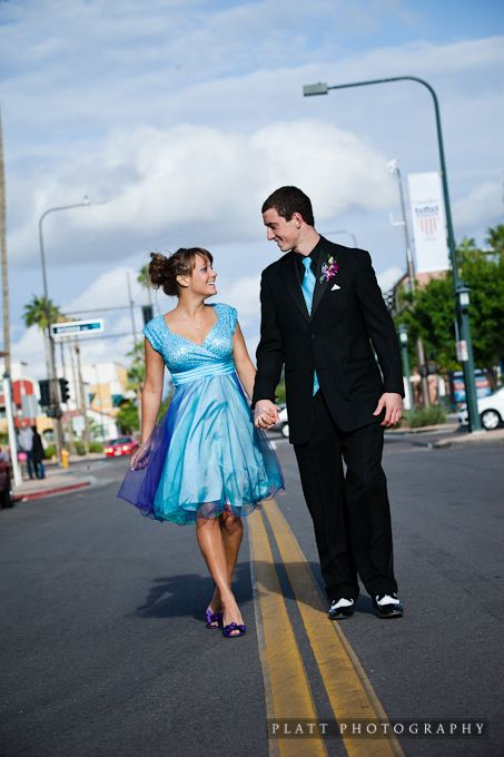 LOVE this prom portrait!!