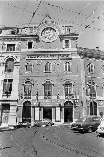 Teatro da Trindade, Lisboa, Portugal by Biblioteca de Arte-Fundação Calouste Gulbenkian, via Flickr