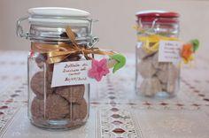 Zollette di zucchero aromatizzate al cacao e alla cannella
