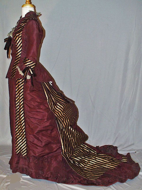 1870's RECEPTION GOWN BUSTLE BACK 2-PIECE WITH LONG TRAIN MUSEUM DE-ACCESSIONED  #HandmadeANDMACHINE