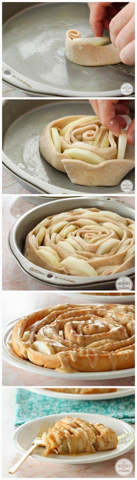Tarta de manzana acaramelada en forma de espiral