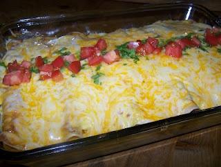 TheKitchenCookie: Chicken Enchiladas