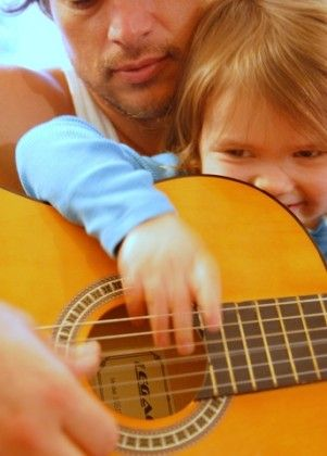 10 children's songs you can play by learning 2 guitar chords, good for Malachi