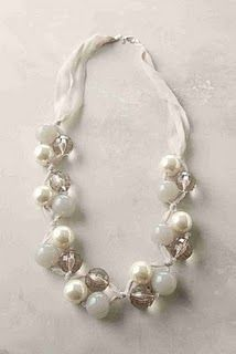 Tutorial for Anthropologie Pearl Necklace - #Beading #Jewelry #Tutorials