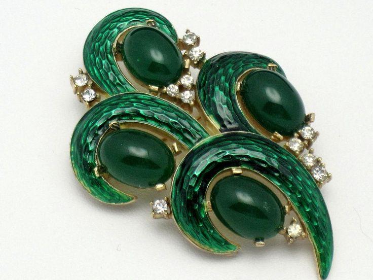 CROWN TRIFARI Vintage Lu0027Orient Emerald Green Snakeskin Enamel Brooch