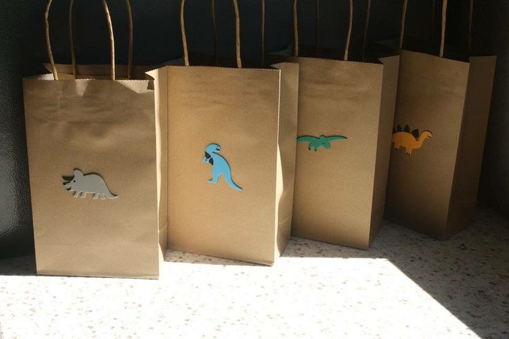 Use stickers to create your own Dinosaur bags