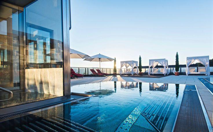 Panoramahallenbad - Wellness Hotel Bayerischer Wald Wellnesshotel Wellnesshotels Bayern Wellnessurlaub