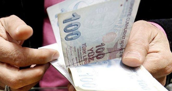 Paranın kimde olduğu ne kadar da belli!