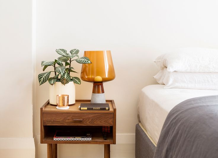 Bed Side. TomMarkHenry Designers www.tommarkhenry.com   #residential #interior #bedroom #bedside #styling #danishfurniture #linen #succulents #lamp