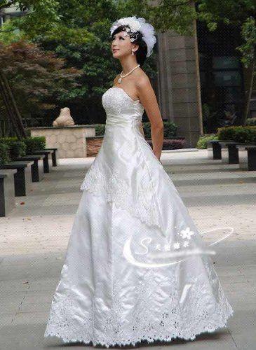 Amazon.co.jp: ウェディングドレス【ホワイト】: 服&ファッション小物通販
