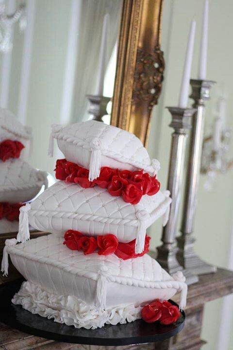 Pillow Cakes wedding cake with red roses Starting a Catering Business Start your own catering business http://www.startingacateringbusiness.com #cakes http://pinterest.com/ahaishopping/