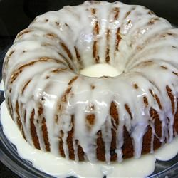 My Aunt Linda emailed me this recipe... looks YUMMY!! Fuzzy Navel Cake