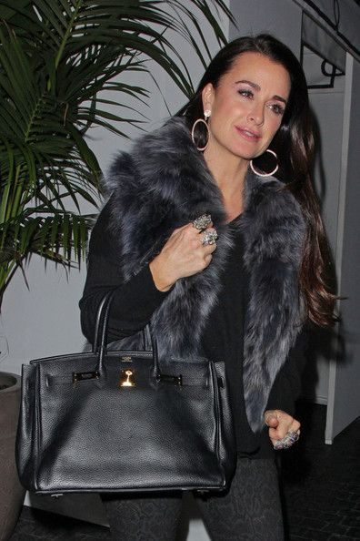 Kyle Richards Photos - Kyle Richards arriving at Chateau Marmont for dinner Tuesday night with friends - Zimbio