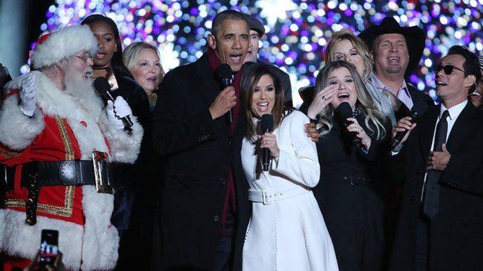 Bikin Terharu! Natal Terakhir di Gedung Putih, Begini kehangatan Keluarga Obama