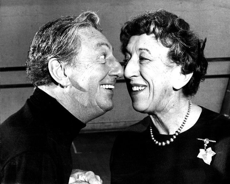Ray Bolger was good friends with actress Margaret Hamilton, who played the Wicked Witch of the West, until her death, and gave a eulogy at her memorial service in 1985.