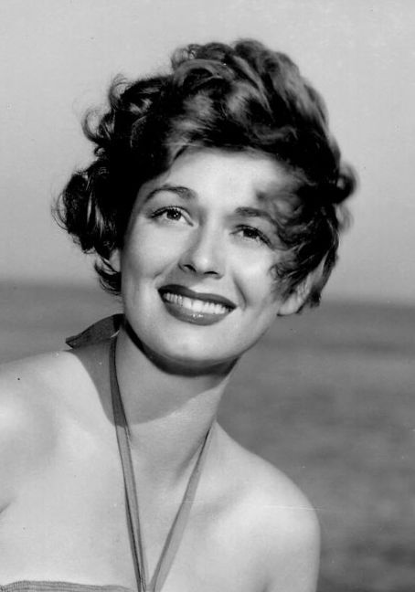 Ruth Roman Of Many Movies She Was In Strangers On A: Movie Actresses