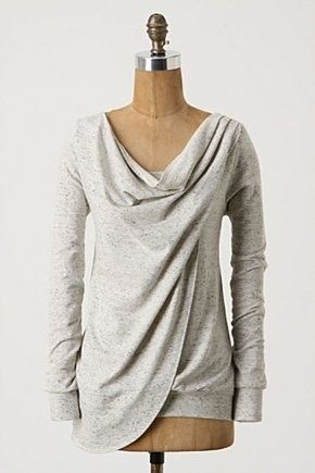 Inspiration-sweatshirt refashion. Would look great with a pair of skinny jeans.