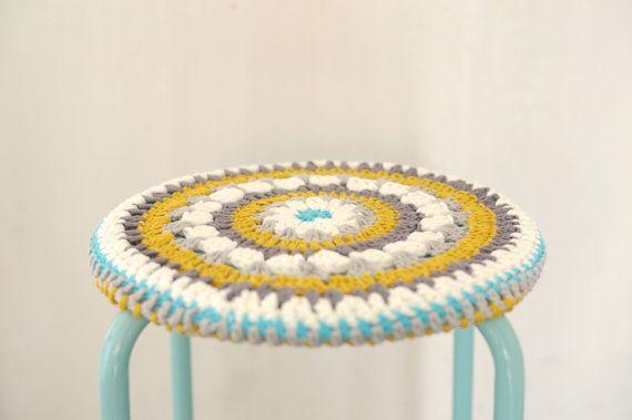 25 best ideas about Stool cover crochet on Pinterest  : fccf98b89f898e8a27d584771a6a0974 from www.pinterest.com size 570 x 379 jpeg 20kB