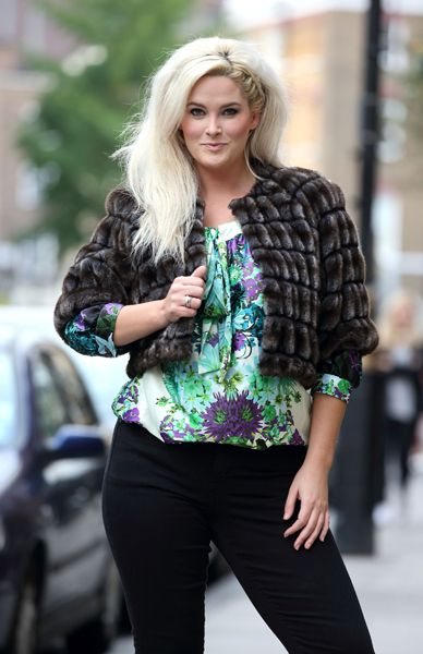 Plus size model Whitney Thompson talks body confidence, curves, eating disorders and the fashion industry with HELLO! Online - hellomagazine...