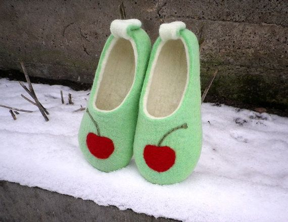 Felted wool slippers  Mint & Cherry / Felt booties by AgileWool